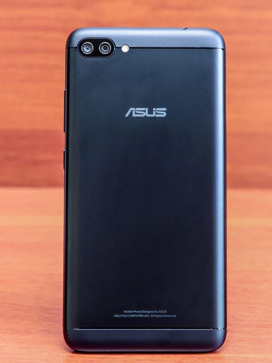 Asus ZenFone 4 Max (официальная версия)